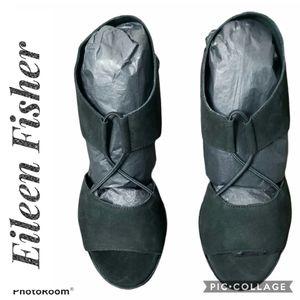 EILEEN FISHER Black Doe NIB Heel Sandals Size 8.5M